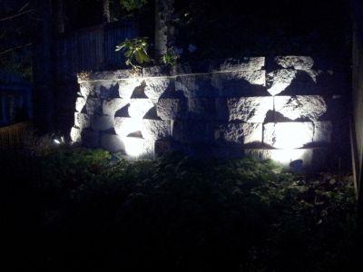 """Referensjobb """"Belysning stenmur"""" utfört av Saba Elservice AB"""