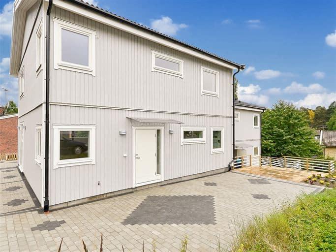 """Referensjobb """"Ny byggnation Par hus"""" utfört av AEM Express AB"""