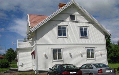 """Referensjobb """"Vitt hus (Alcro)"""" utfört av Gårda Måleri"""
