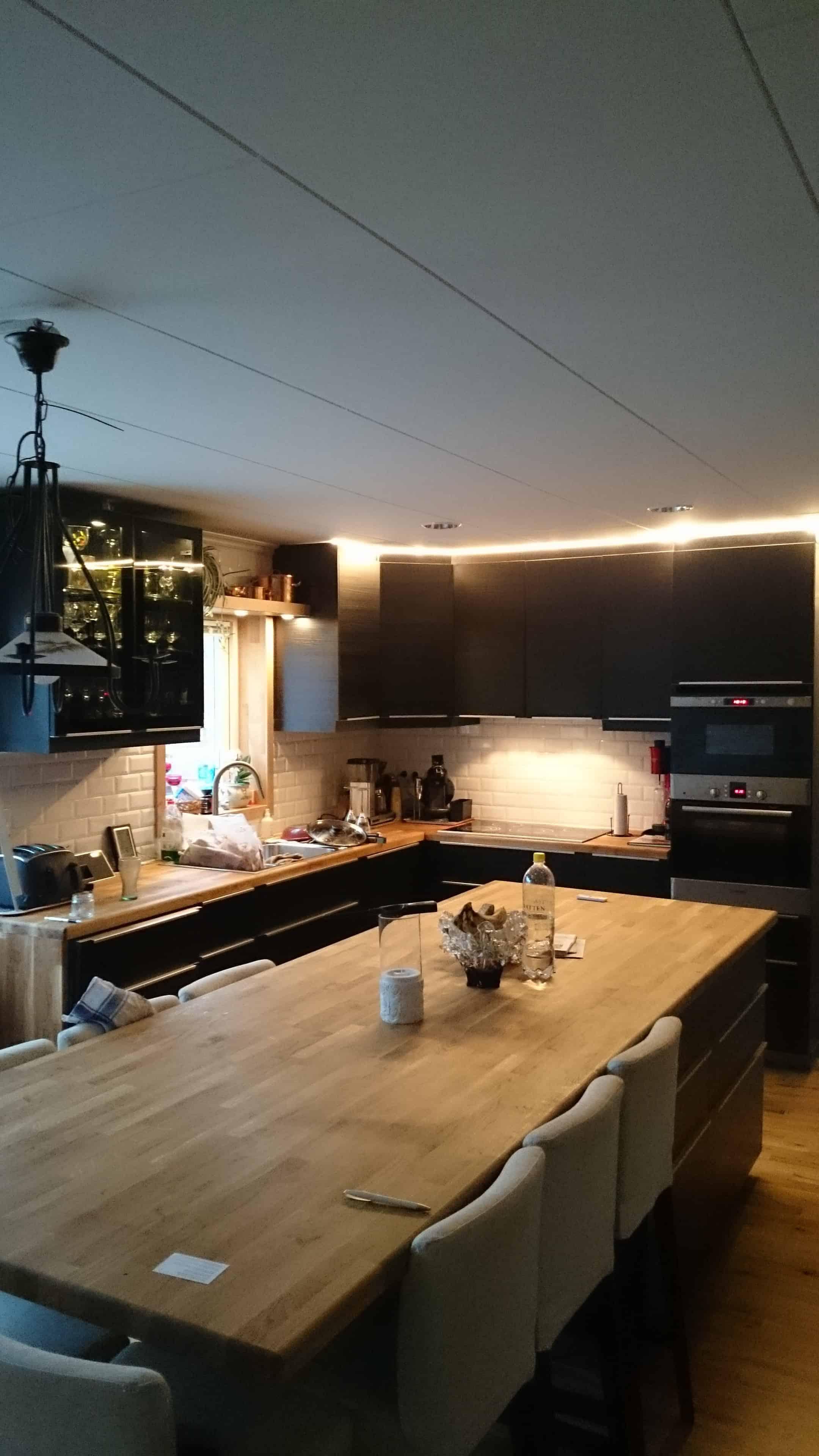 """Referensjobb """"Köks renovering """" utfört av Aspviksbygg Entreprenad Handelsbolag"""