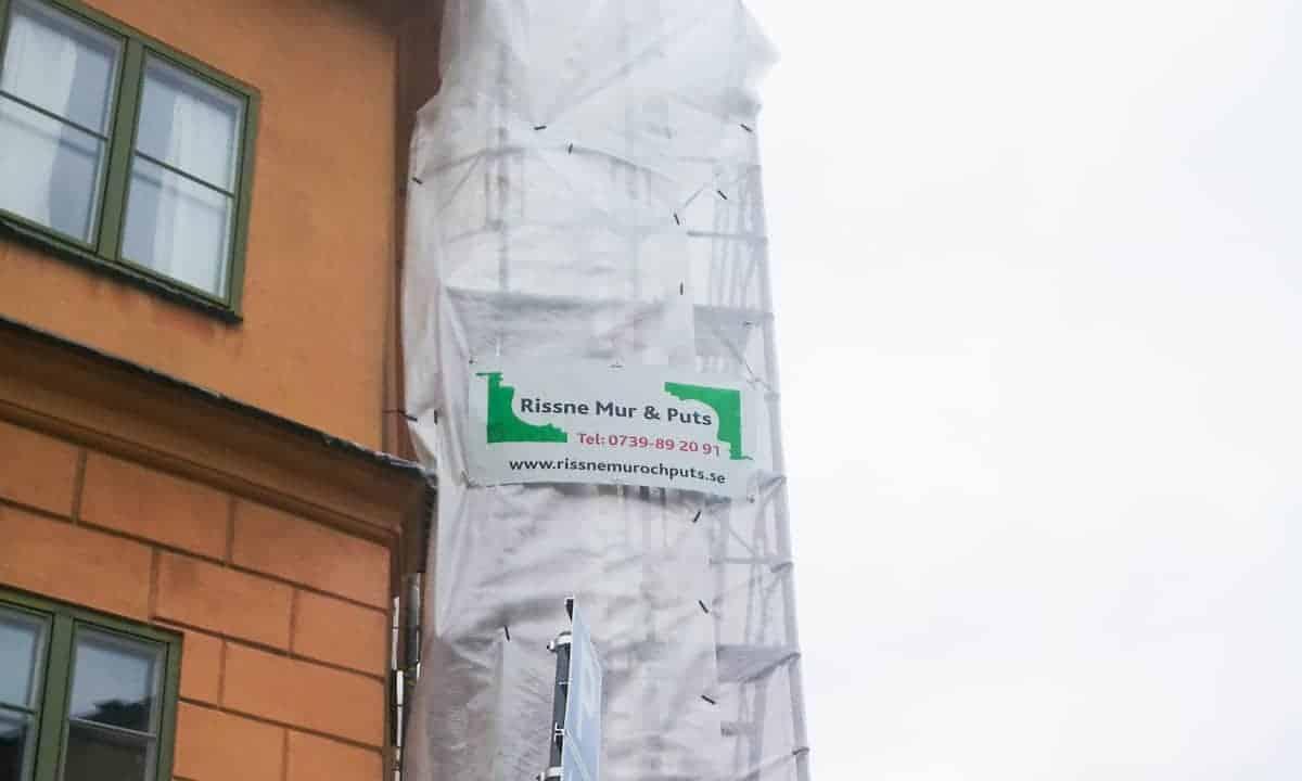 """Referensjobb """"Putsning av fasad på Nytorgsgatan 2"""" utfört av Rissne Mur och Puts"""