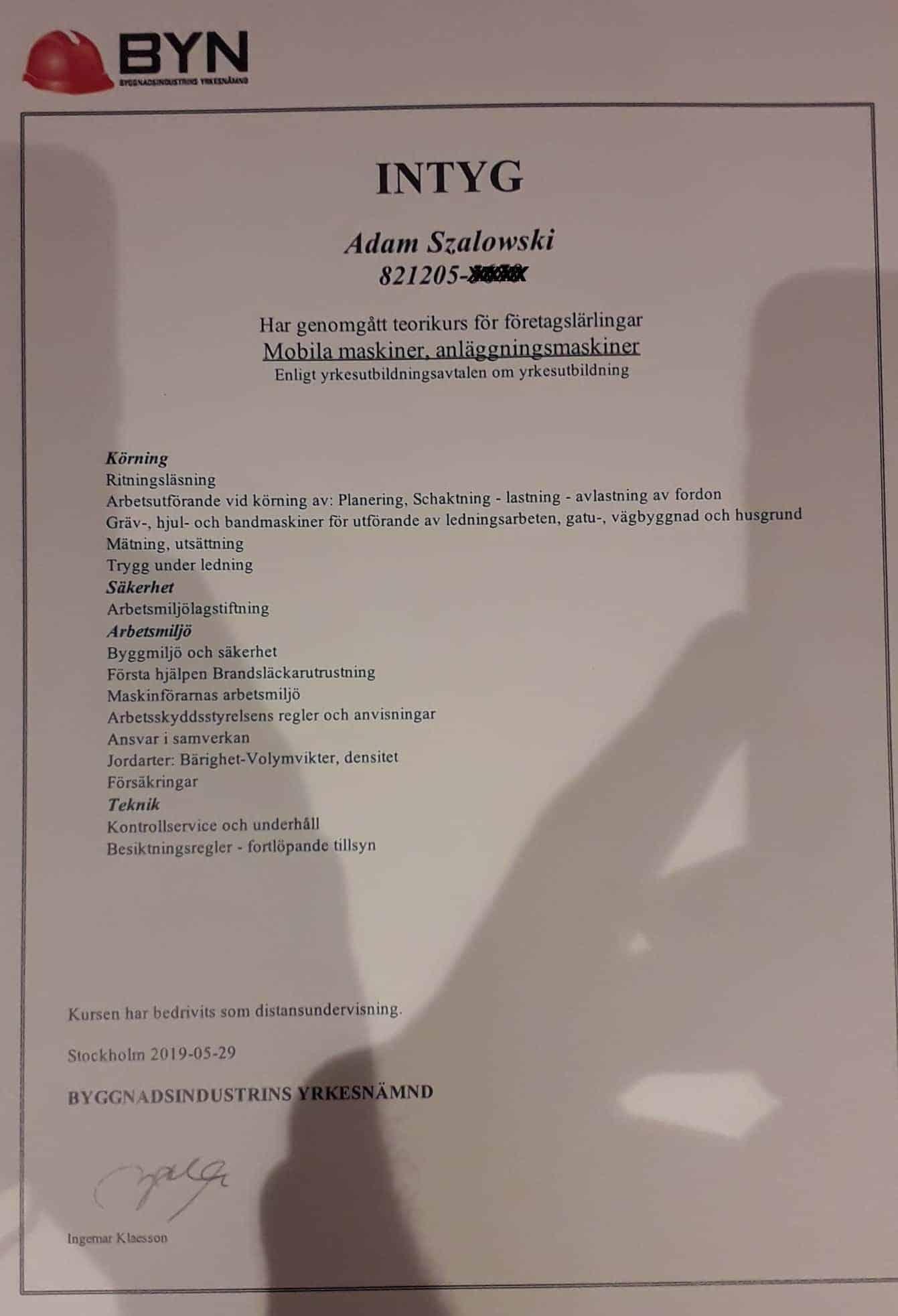 """Referensjobb """"INTYG, ANÄGGNINGSMASKINER"""" utfört av Klag Entreprenad AB"""