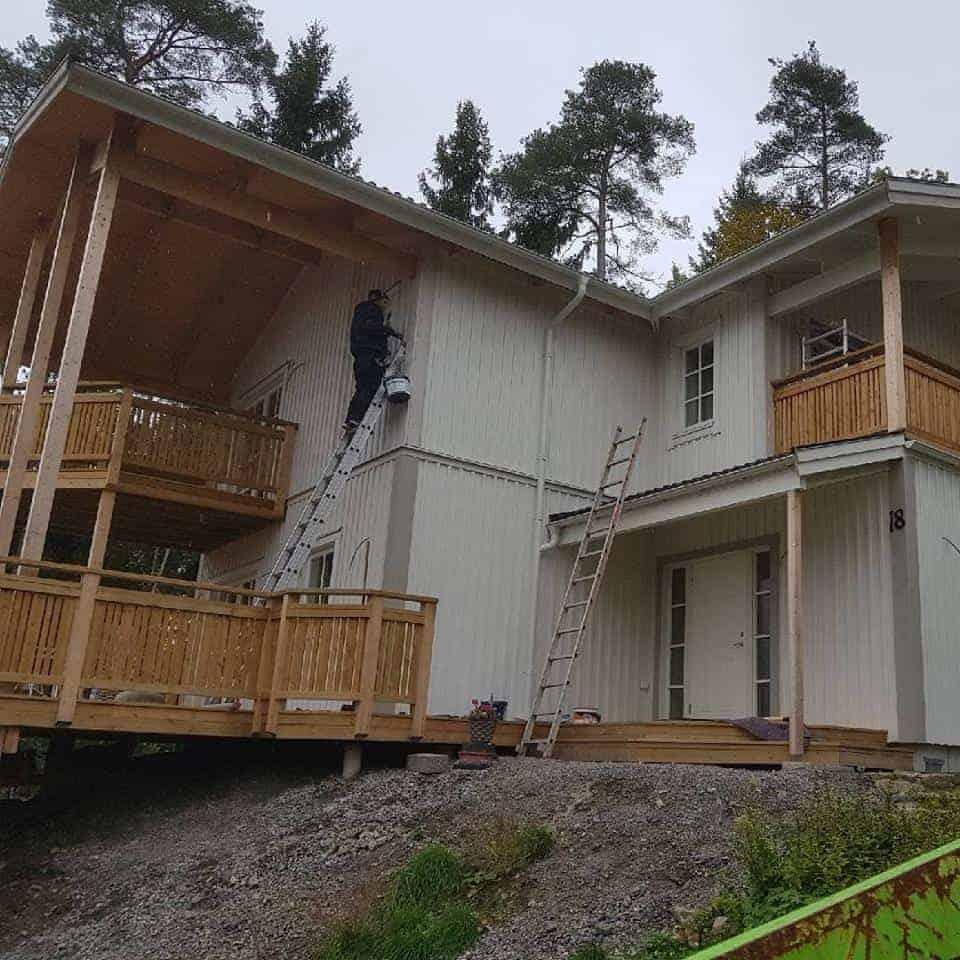 """Referensjobb """"Fasadmålning"""" utfört av LA Bygg och Entreprenad AB"""
