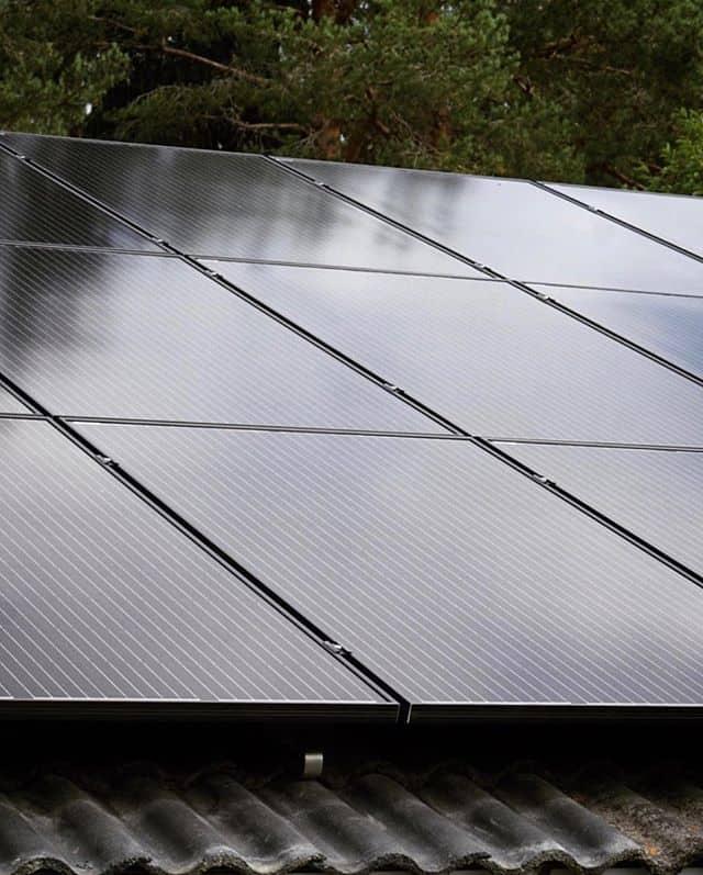 """Referensjobb """"Solceller"""" utfört av Odéns Byggservice AB"""