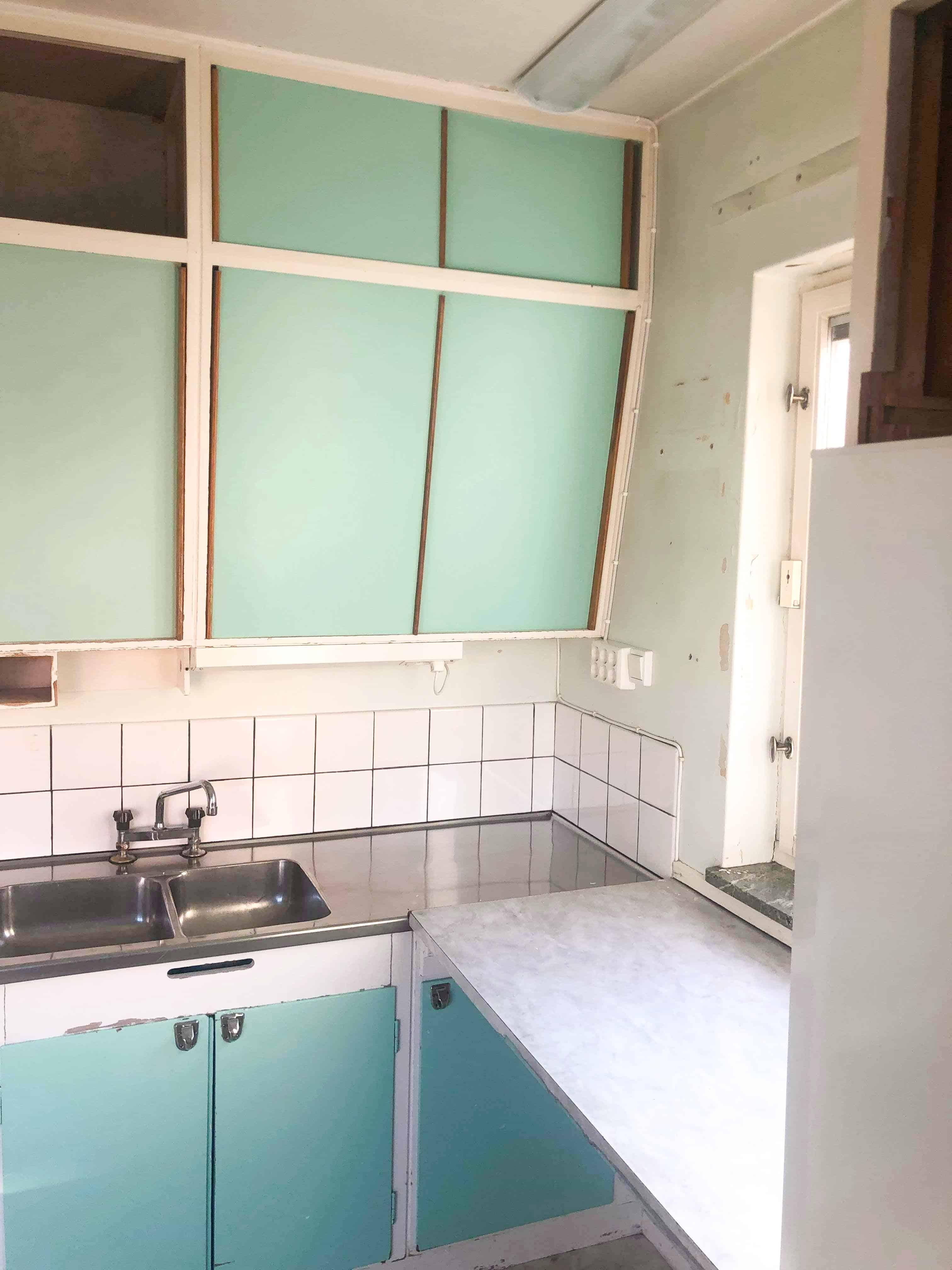 """Referensjobb """"50-tals kök innan renovering"""" utfört av Danderyd Hantverksgrupp AB"""