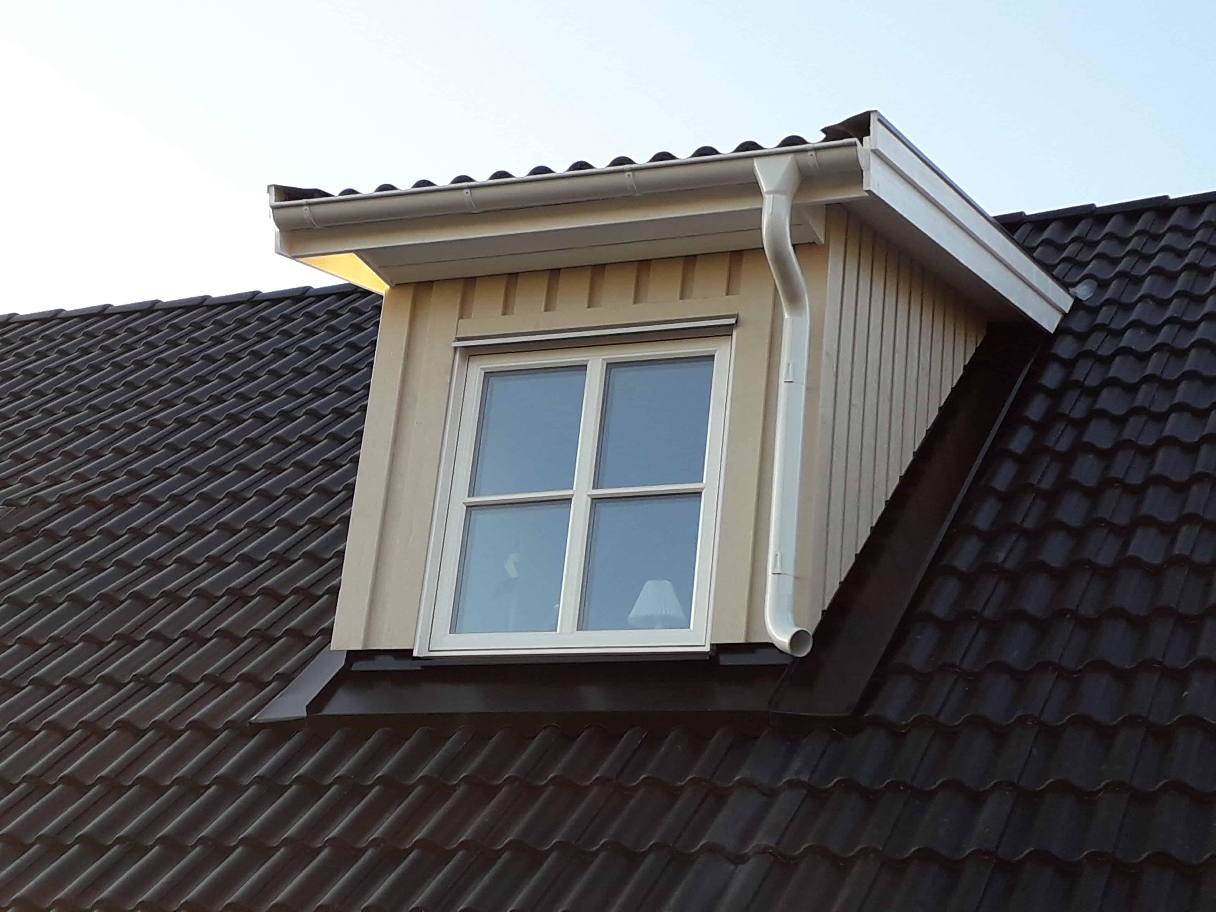 """Referensjobb """"Takfönster"""" utfört av Mikael Fogelbergs Byggnadsfirma i Mullsjö"""