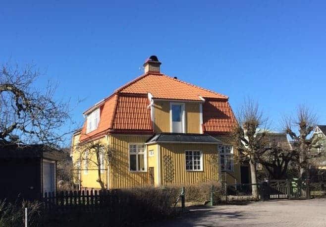 """Referensjobb """"Nytt tak & Takkupa"""" utfört av Snickeri, Byggnation, Måleri i Uppland AB"""