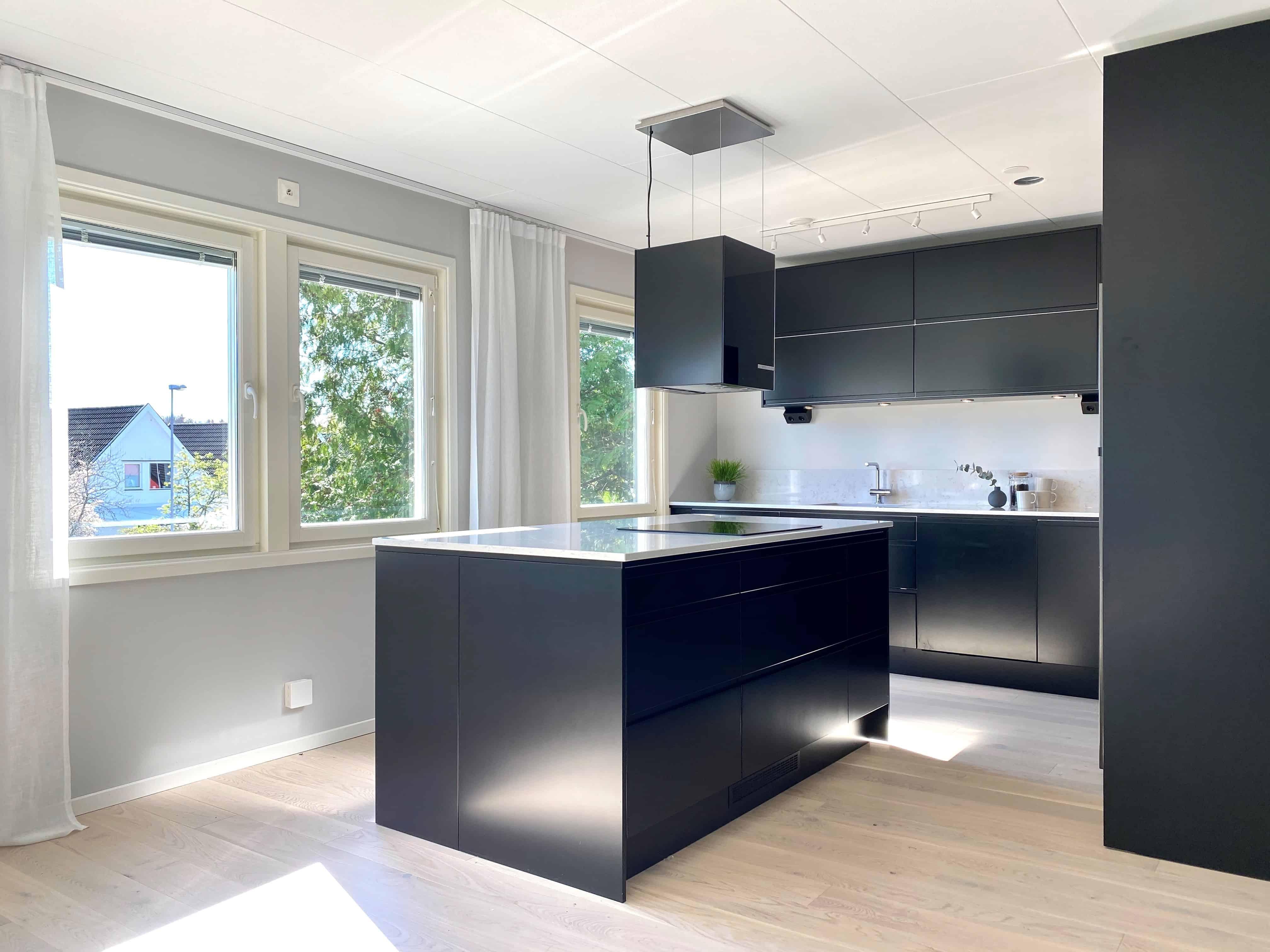 """Referensjobb """"Kök - efter renovering"""" utfört av Danderyd Hantverksgrupp AB"""