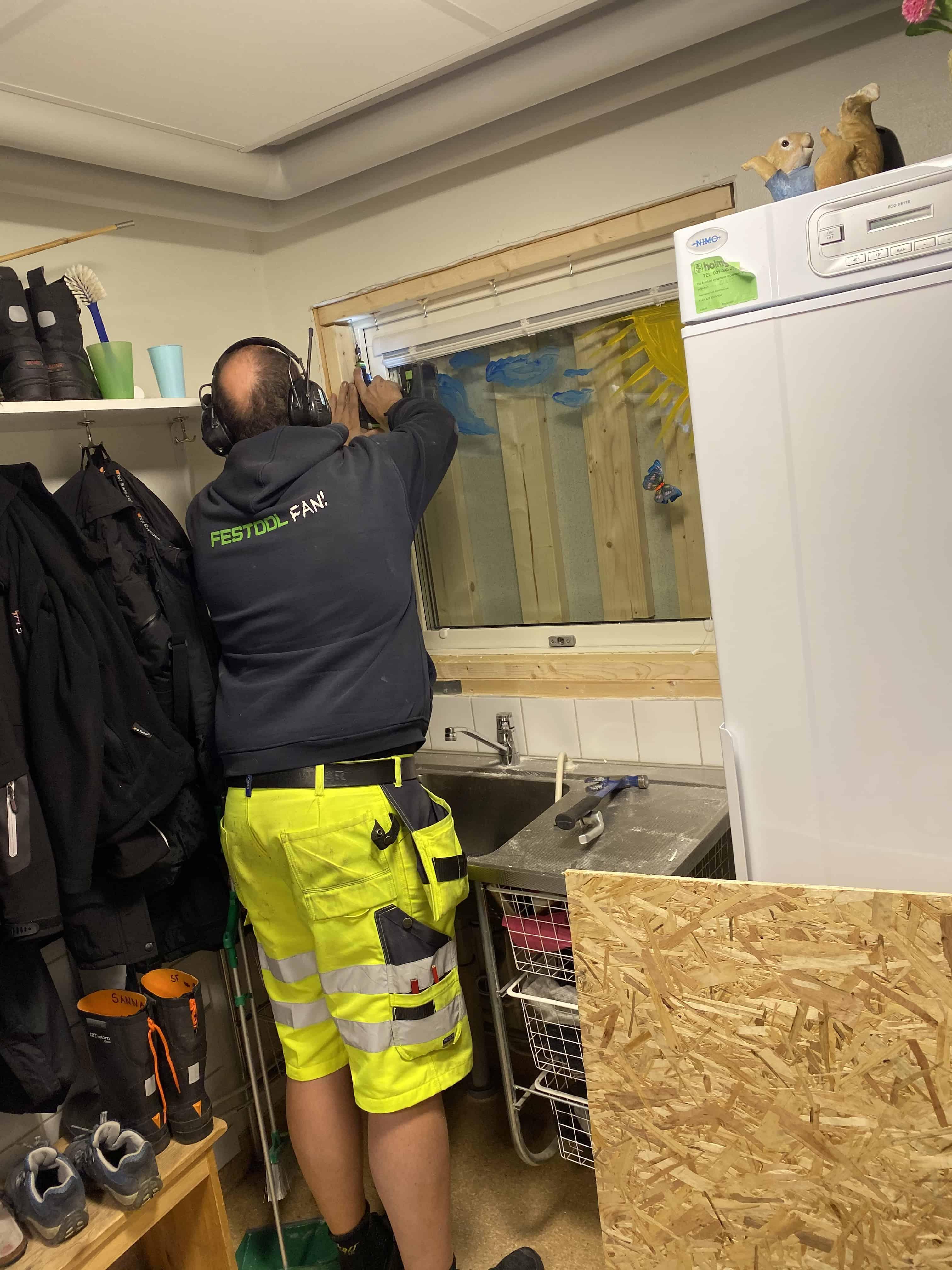 """Referensjobb """"Byte av fönster"""" utfört av Björkström Gruppen Kommanditbolag"""