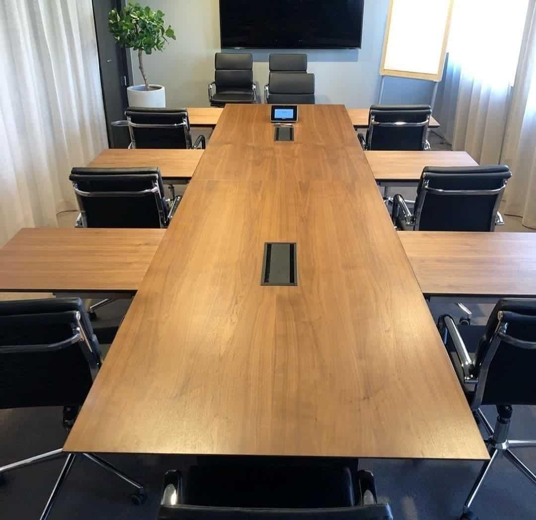 """Referensjobb """"Konferensbord"""" utfört av Björnberg Interior Designs"""