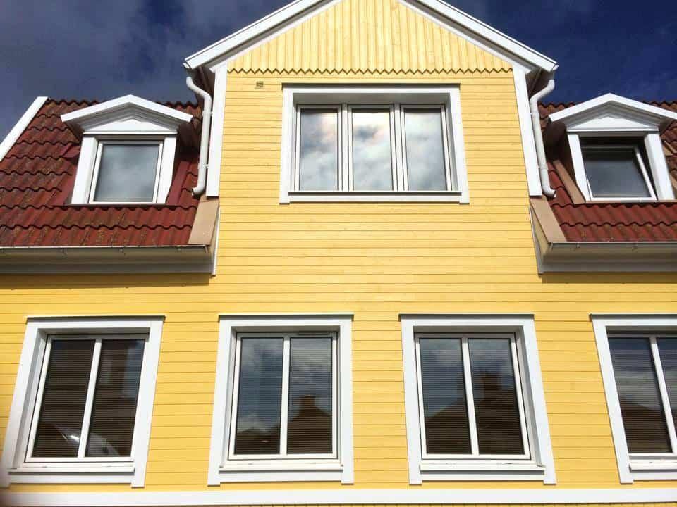 """Referensjobb """"Fasadrenovering - Karlskrona"""" utfört av LYXMAR AB"""