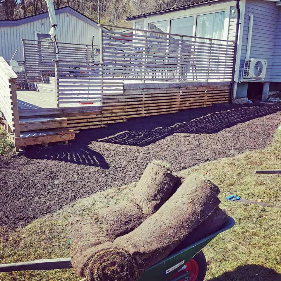 """Referensjobb """"Anläggning gräsmatta"""" utfört av Xitus Alltjänst AB"""