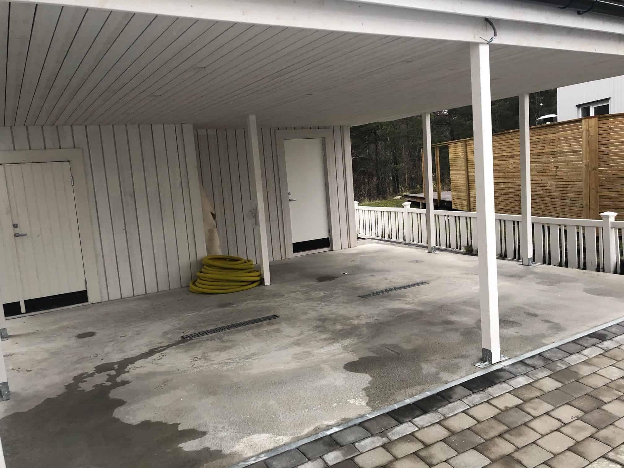 """Referensjobb """"Betongplatta, Carport och Förråd."""" utfört av RKS Mark & Trädgård AB"""