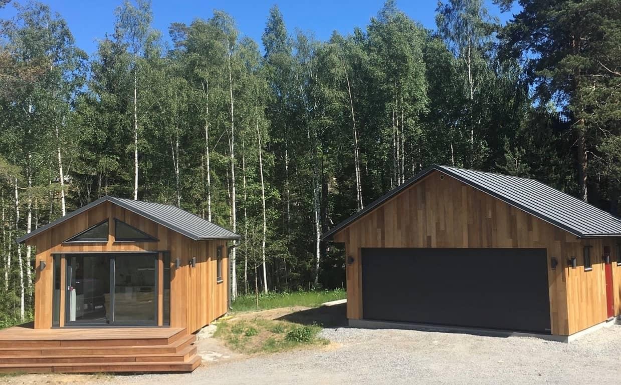 """Referensjobb """"Gästhus och garage"""" utfört av 28 BYGG & ENTREPRENAD VÄRMDÖ AB"""