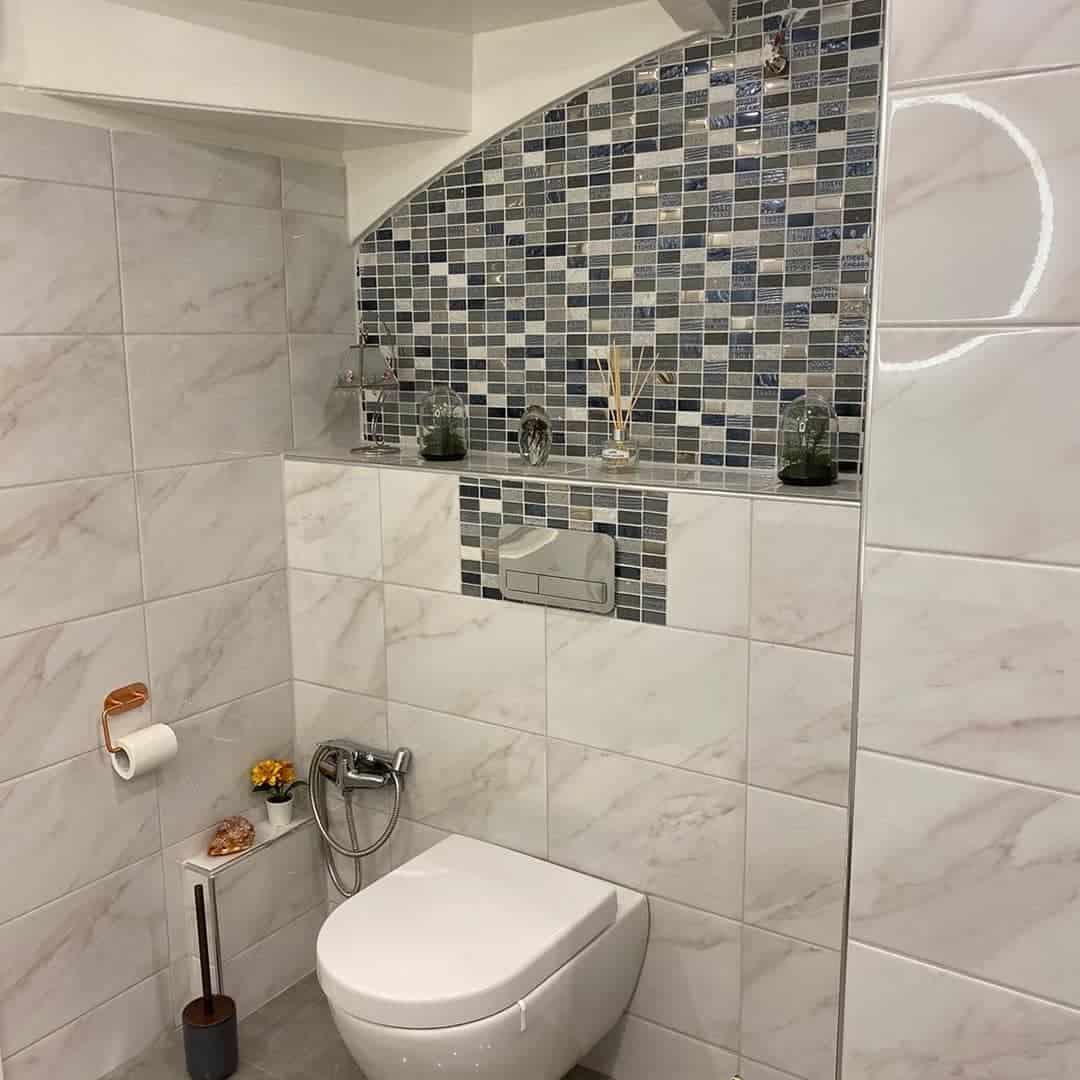 """Referensjobb """"Renovering av en toalett"""" utfört av Samis Golv & Kalelservice"""