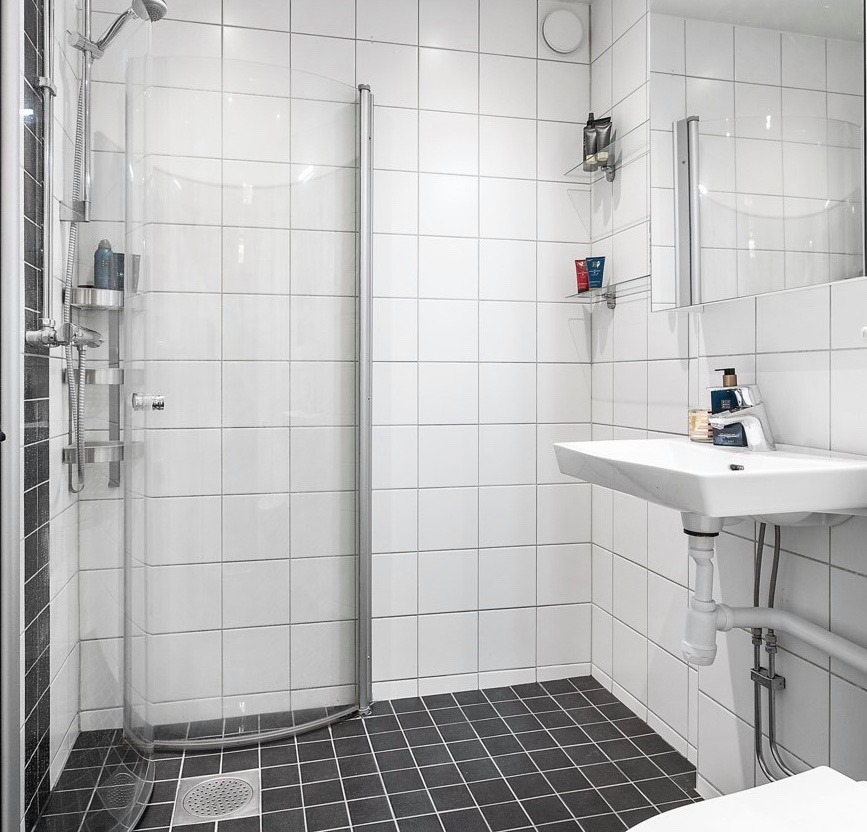 """Referensjobb """"Badrumsrenovering"""" utfört av SB Designs Sweden AB"""