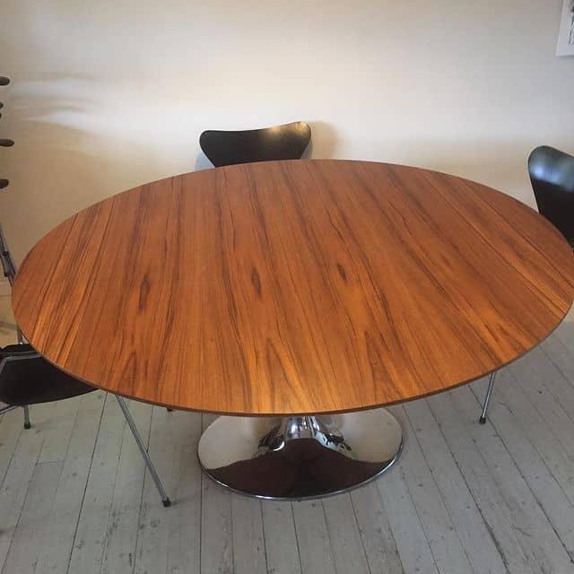 """Referensjobb """"Snyggt teakbord."""" utfört av Träum möbel och inredningssnickeri i Stockholm AB"""