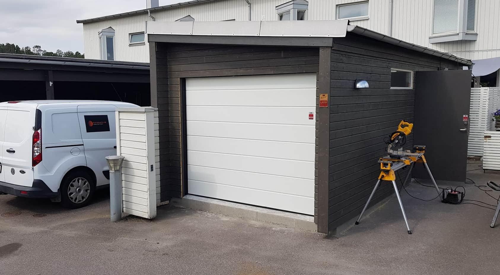 """Referensjobb """"Carport till garage"""" utfört av Futurumtix AB"""