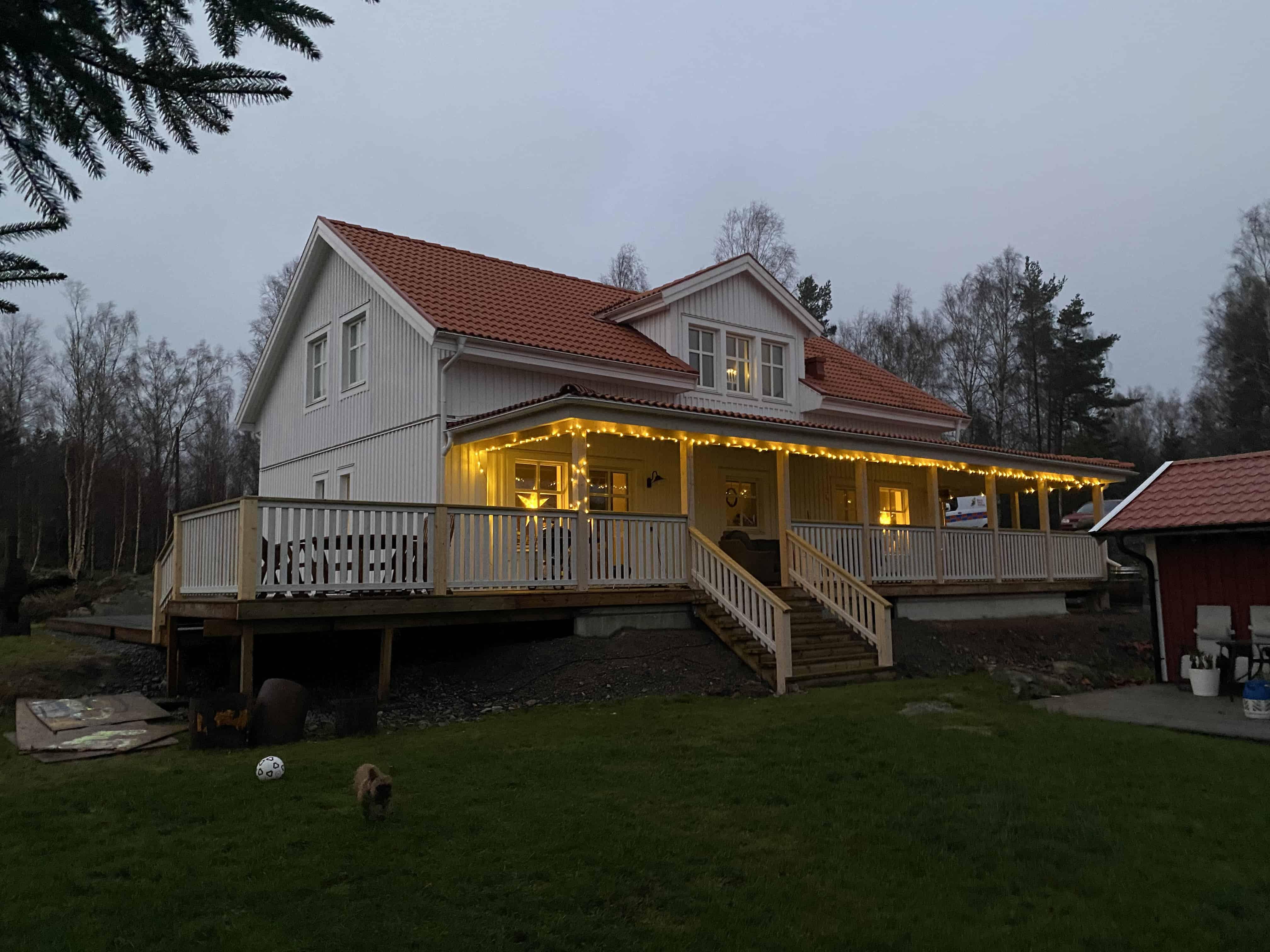 """Referensjobb """"Amerikansk veranda"""" utfört av Eriksson & Bäck Konstruktion AB"""