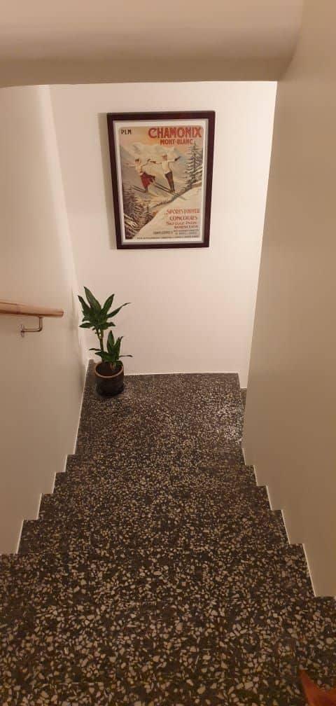 """Referensjobb """"Målning i trappa"""" utfört av S.Bergström Måleri AB"""