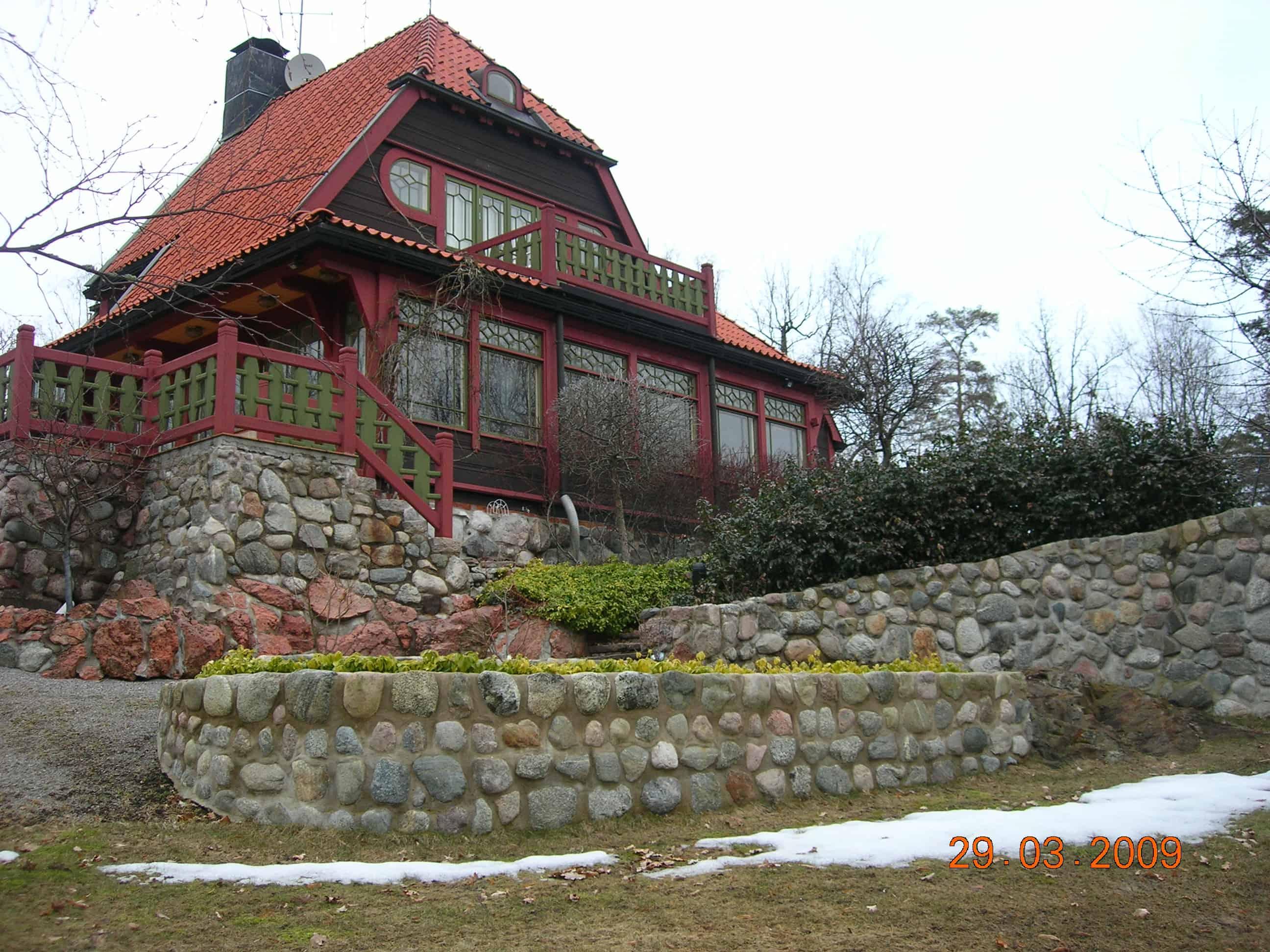 "Referensjobb ""Stort hus + mur"" utfört av Moreby AB"
