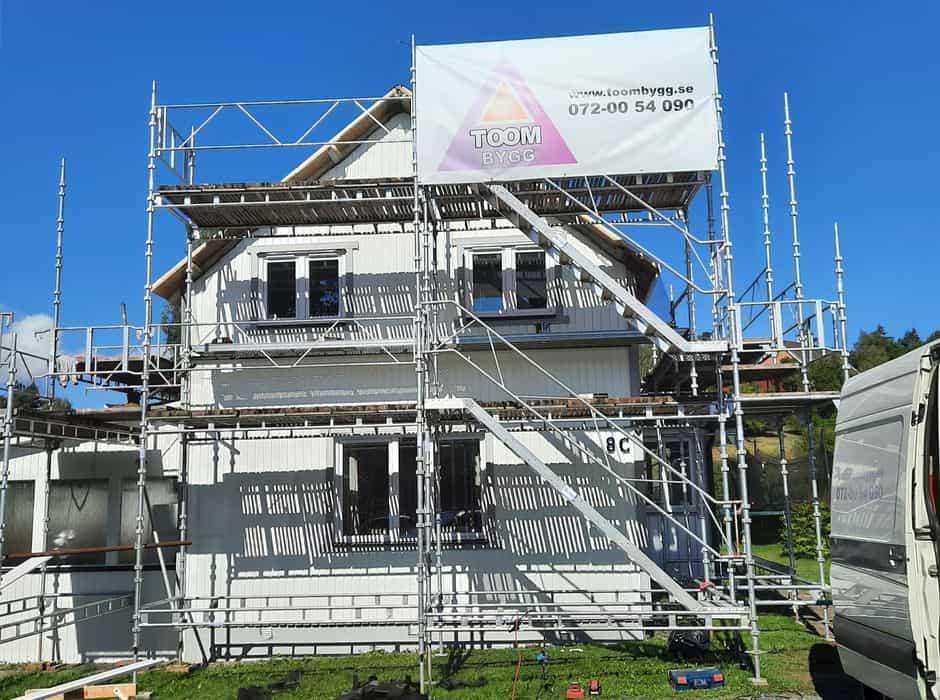 """Referensjobb """"Renovering och byte av tak"""" utfört av Toom Bygg 2020 AB"""