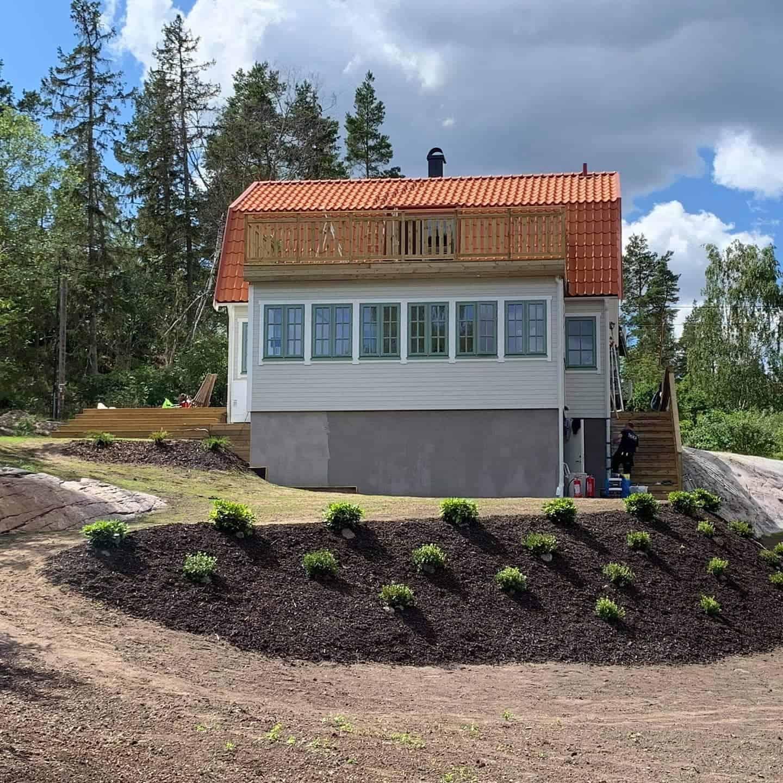 """Referensjobb """"Ny balkong, altan och trappa """" utfört av Yvonas bygg och städtjänster AB"""