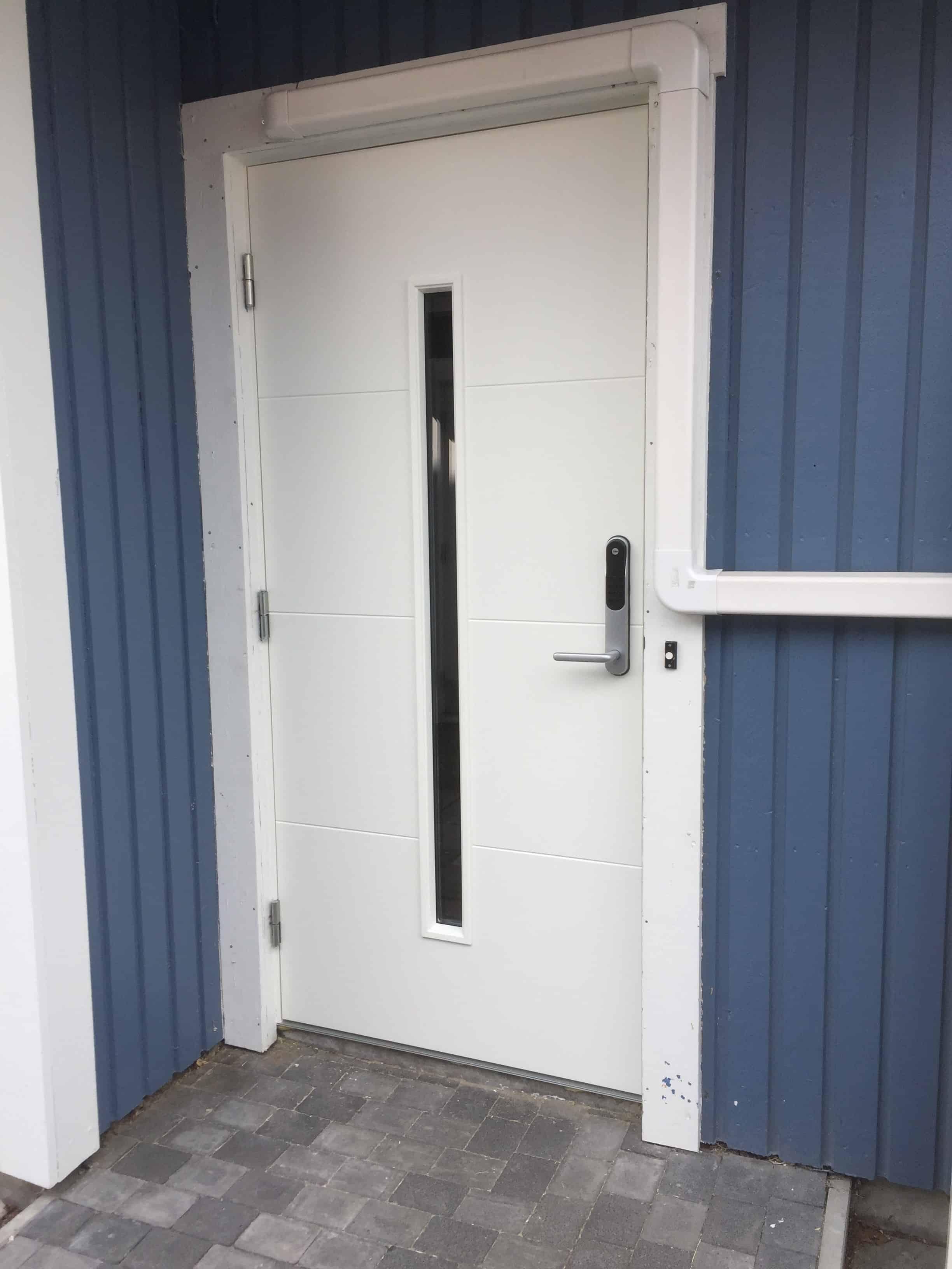 """Referensjobb """"Installation dörr."""" utfört av Peter A Bygg och Fastighets AB"""