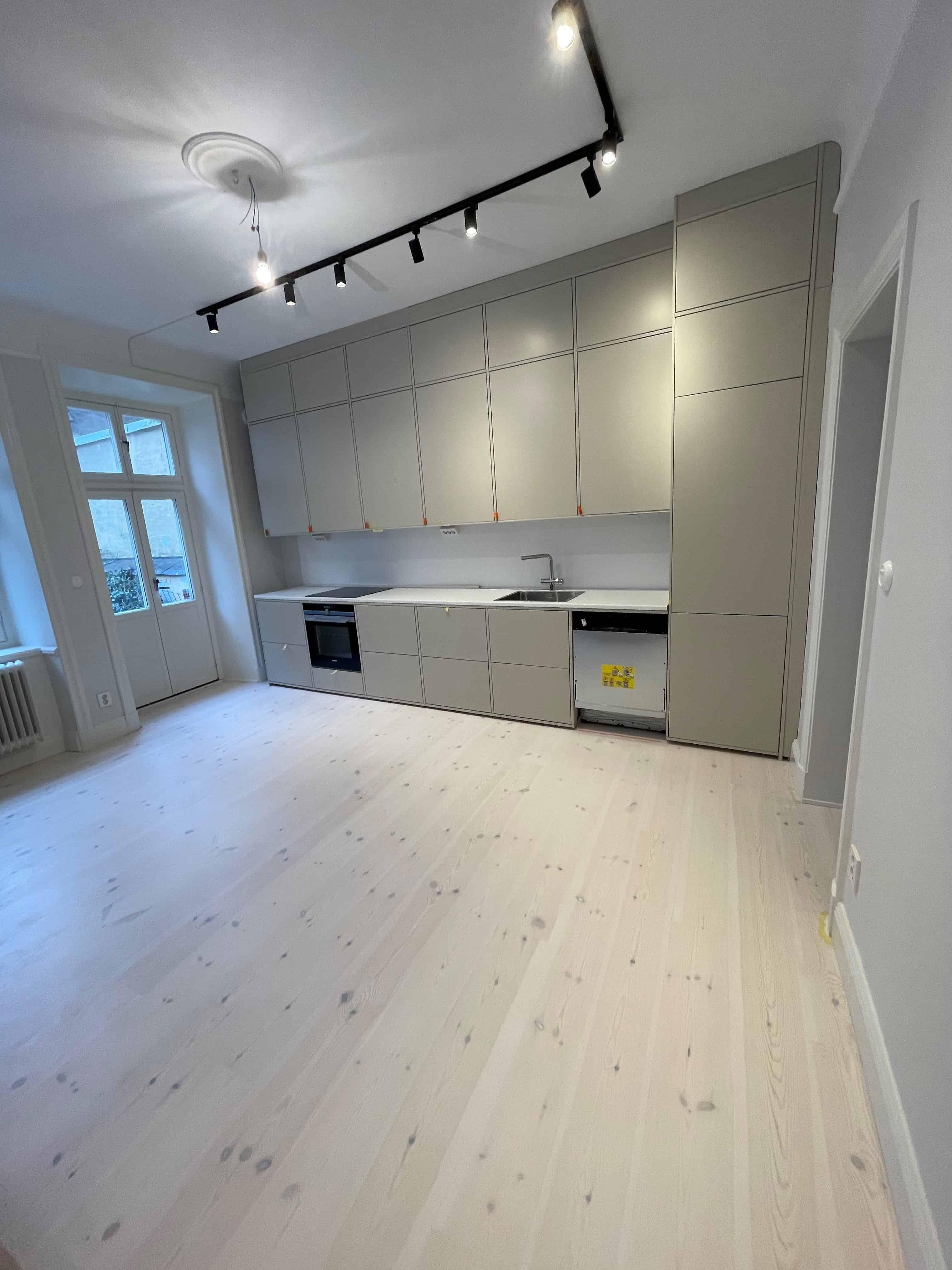 """Referensjobb """"Köksrenovering"""" utfört av 28 BYGG & ENTREPRENAD VÄRMDÖ AB"""