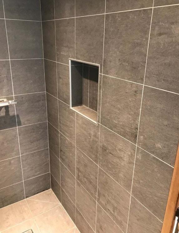 """Referensjobb """"Badrum och dusch"""" utfört av Alltreko Bygg AB"""
