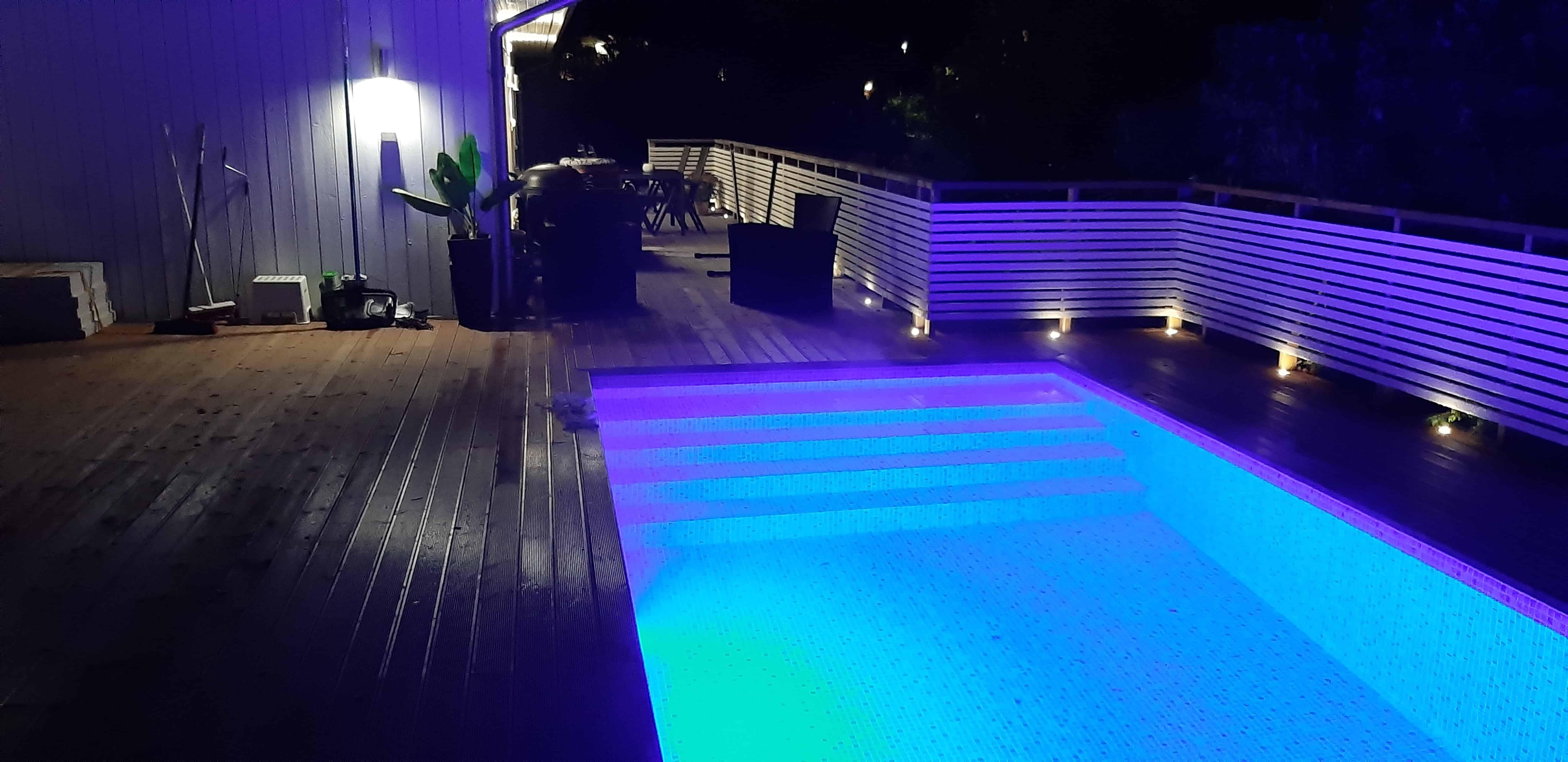 """Referensjobb """"Altanbygge runt pool, Huddinge """" utfört av Firma: DRAKENBORN, SVEN"""