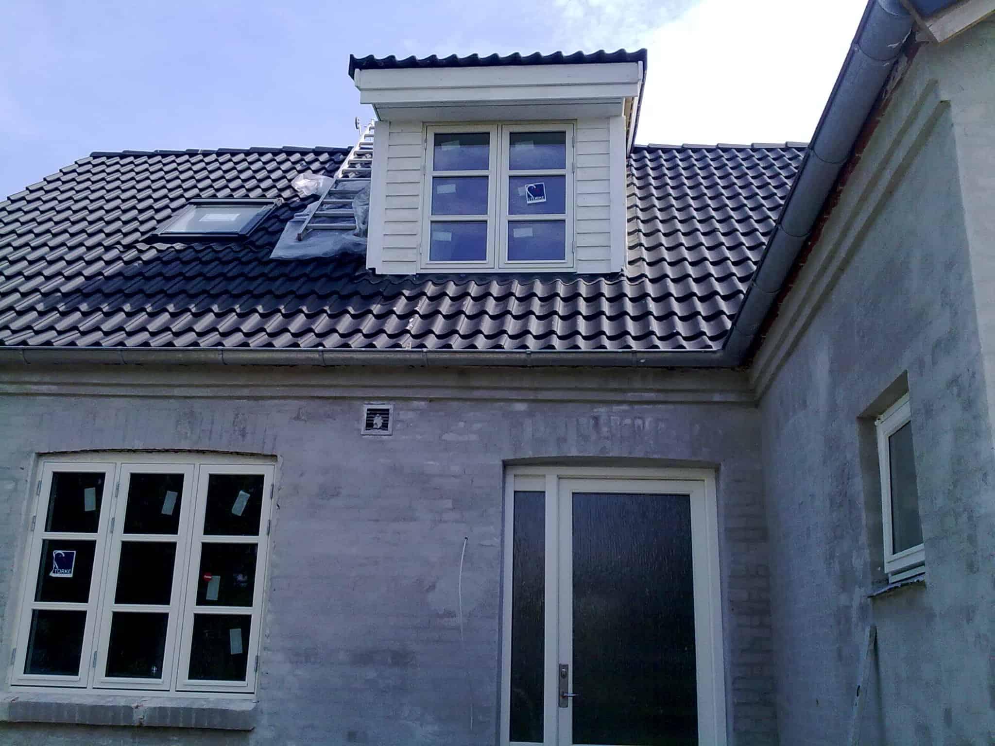 """Referensjobb """"Nytt tak , kupa och fönstar"""" utfört av MBN-Huset AB"""
