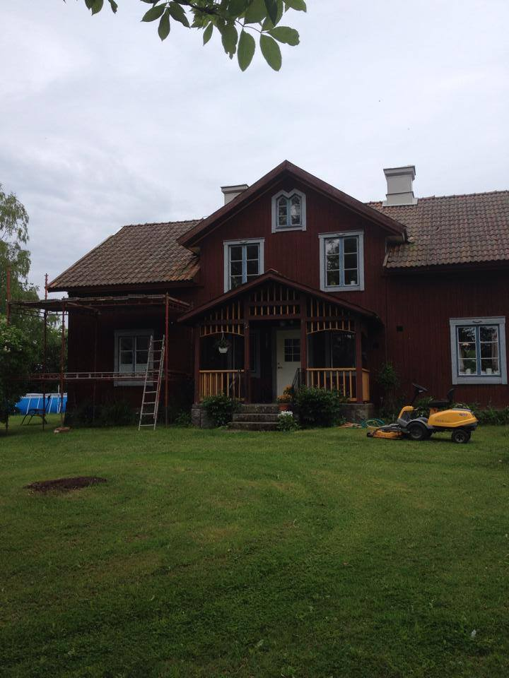 """Referensjobb """"Takbyte FÖRE"""" utfört av Anderssons Allservice & Reparation AB"""