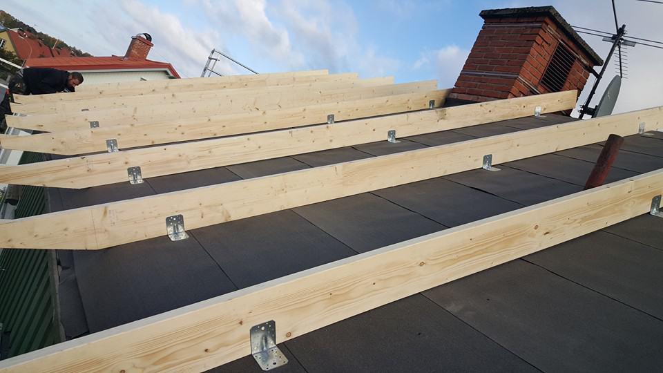 """Referensjobb """"Montering av nya takstolar innan isolering"""" utfört av RM:s Byggservice"""