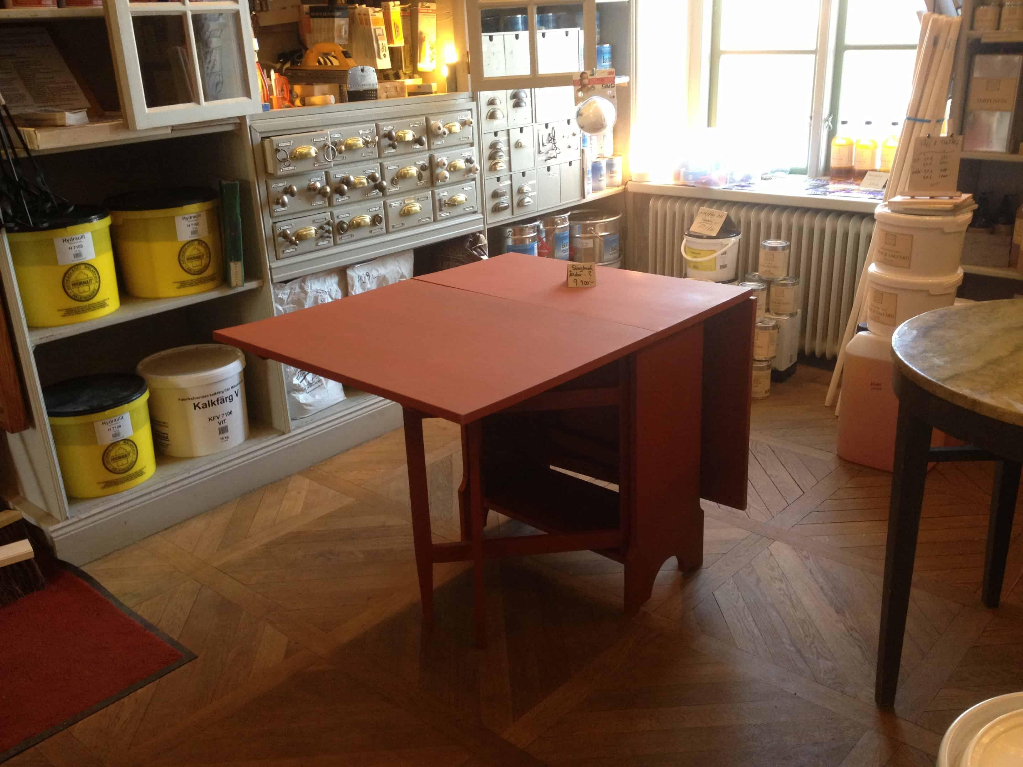 """Referensjobb """"Handgjort slagbord. """" utfört av Js Hammare Bygg och Måleri"""
