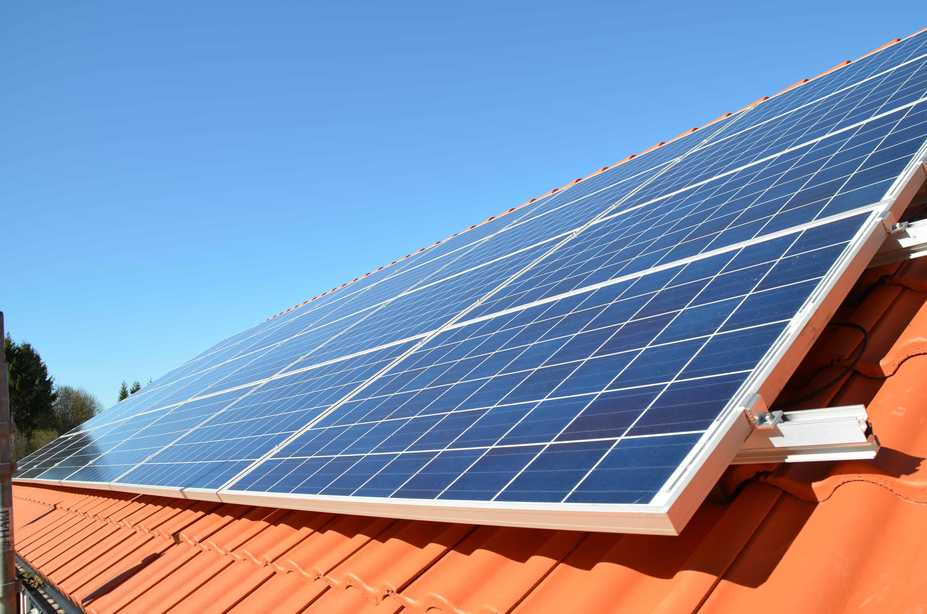 """Referensjobb """"Solcellsanläggning i Kungälv 7,28 kWp"""" utfört av Din Elkontakt i Kungälv AB"""
