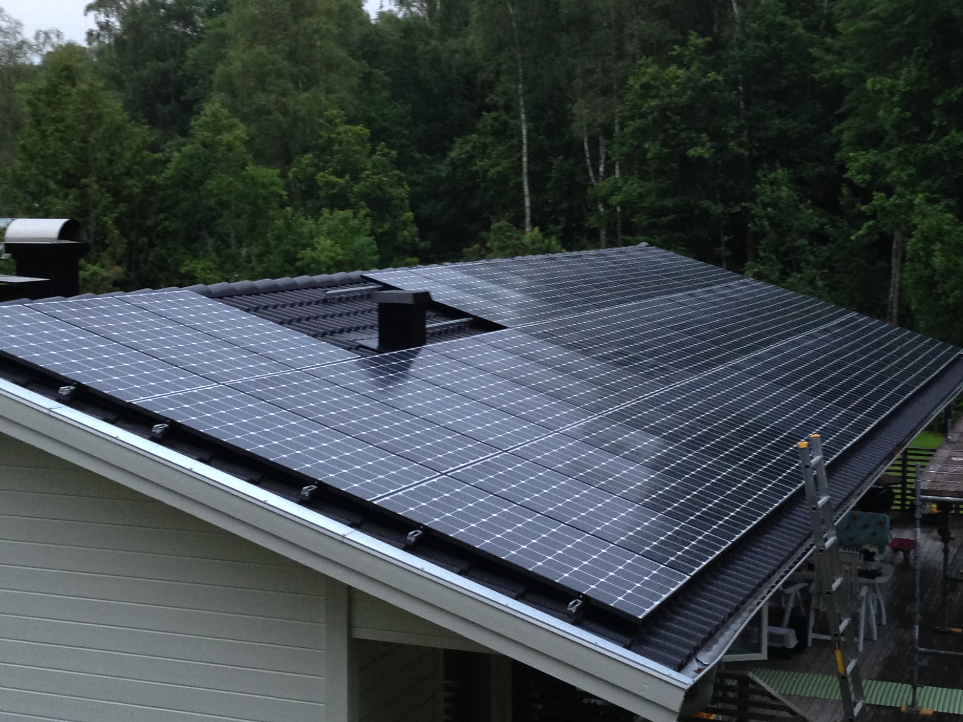 """Referensjobb """"Solcellsanläggning i Ytterby 13,34 kWp"""" utfört av Din Elkontakt i Kungälv AB"""
