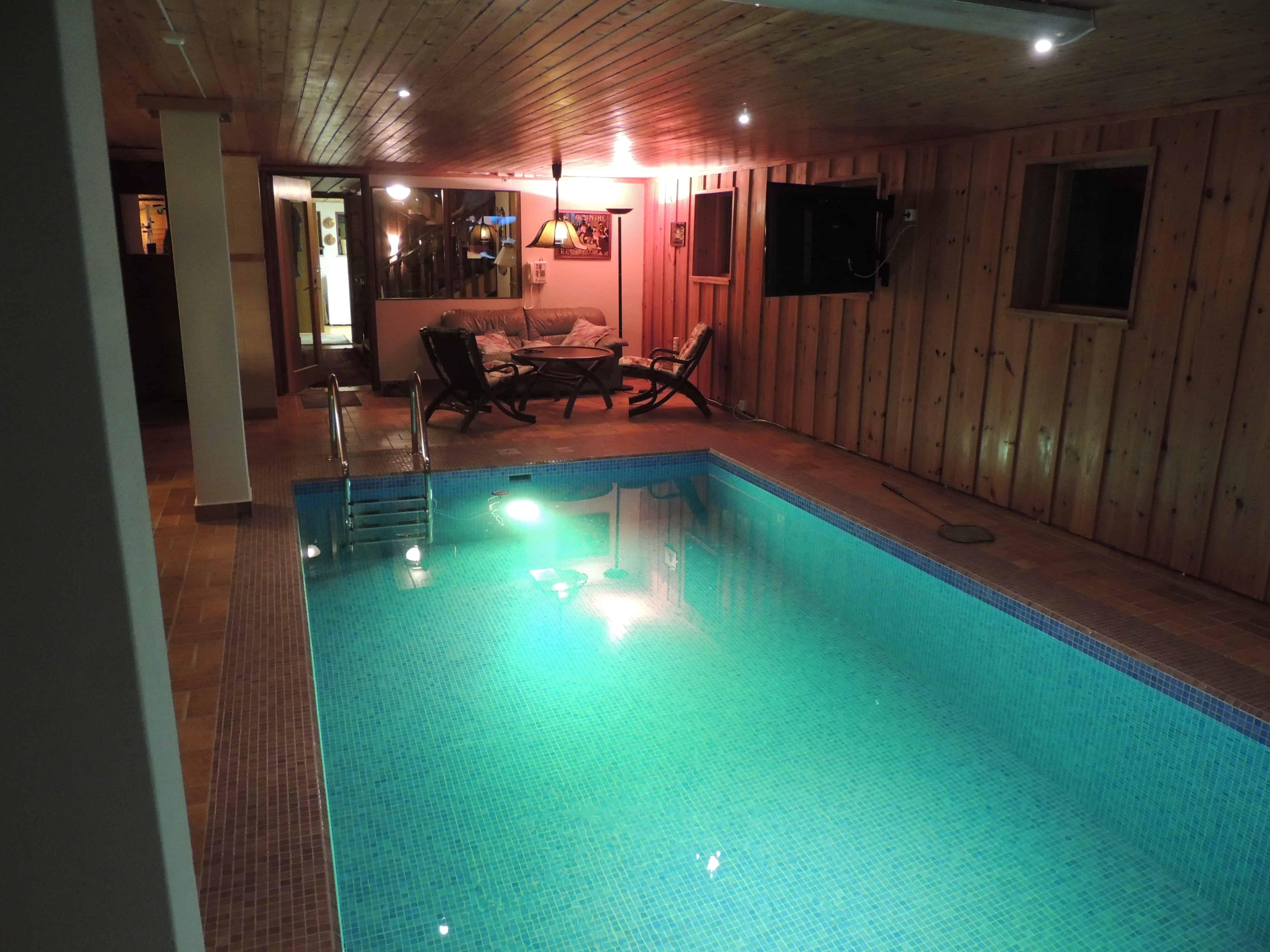 """Referensjobb """"Renovering av inomhus pool"""" utfört av ACOTAX BYGG AB"""