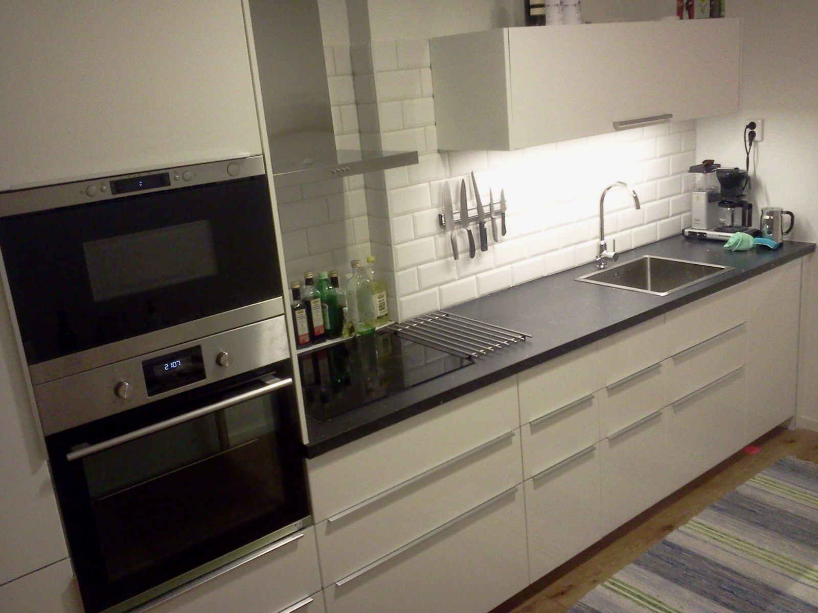 """Referensjobb """"Renovering av ett kök"""" utfört av ACOTAX BYGG AB"""