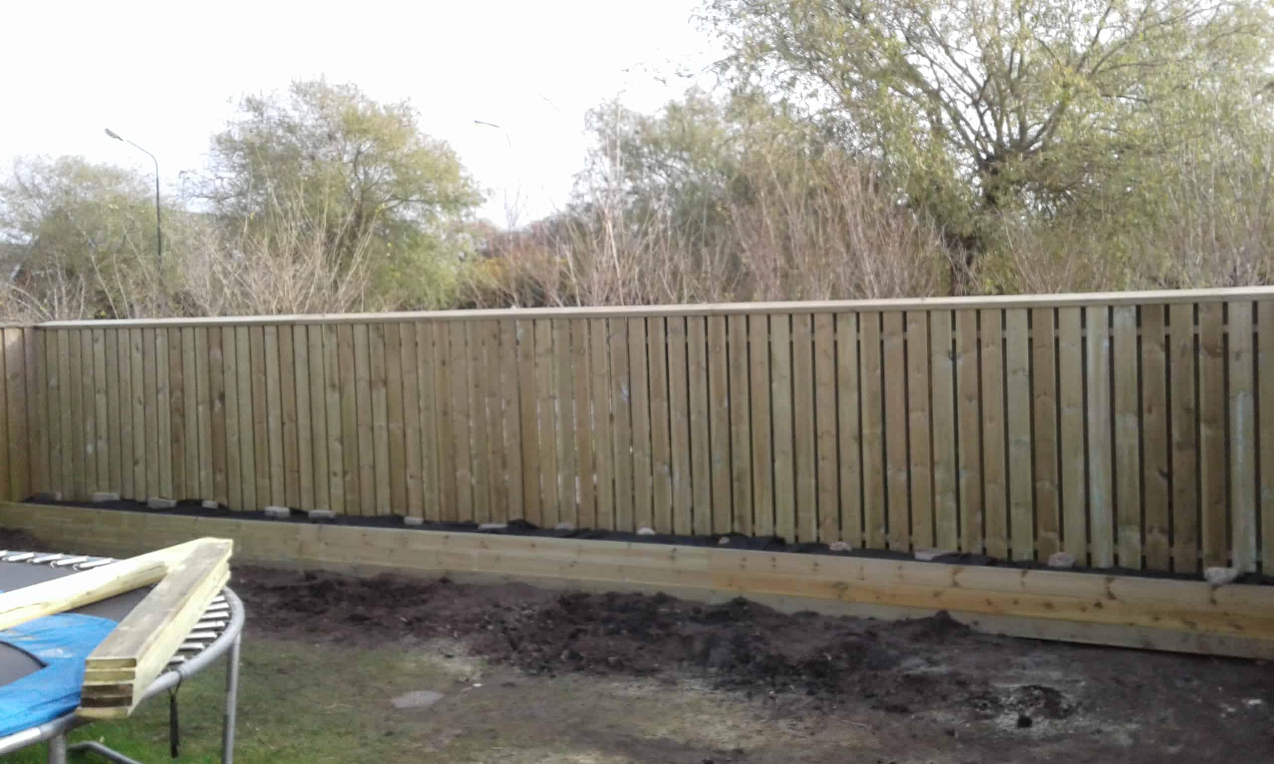 """Referensjobb """"25 m staket"""" utfört av Robin k bygg aktiebolag"""