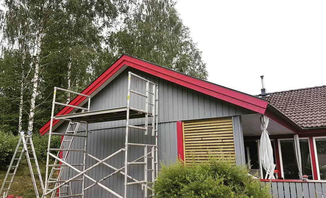 """Referensjobb """"Nya vindskivor och plåtar"""" utfört av Amfrebo Bygg"""