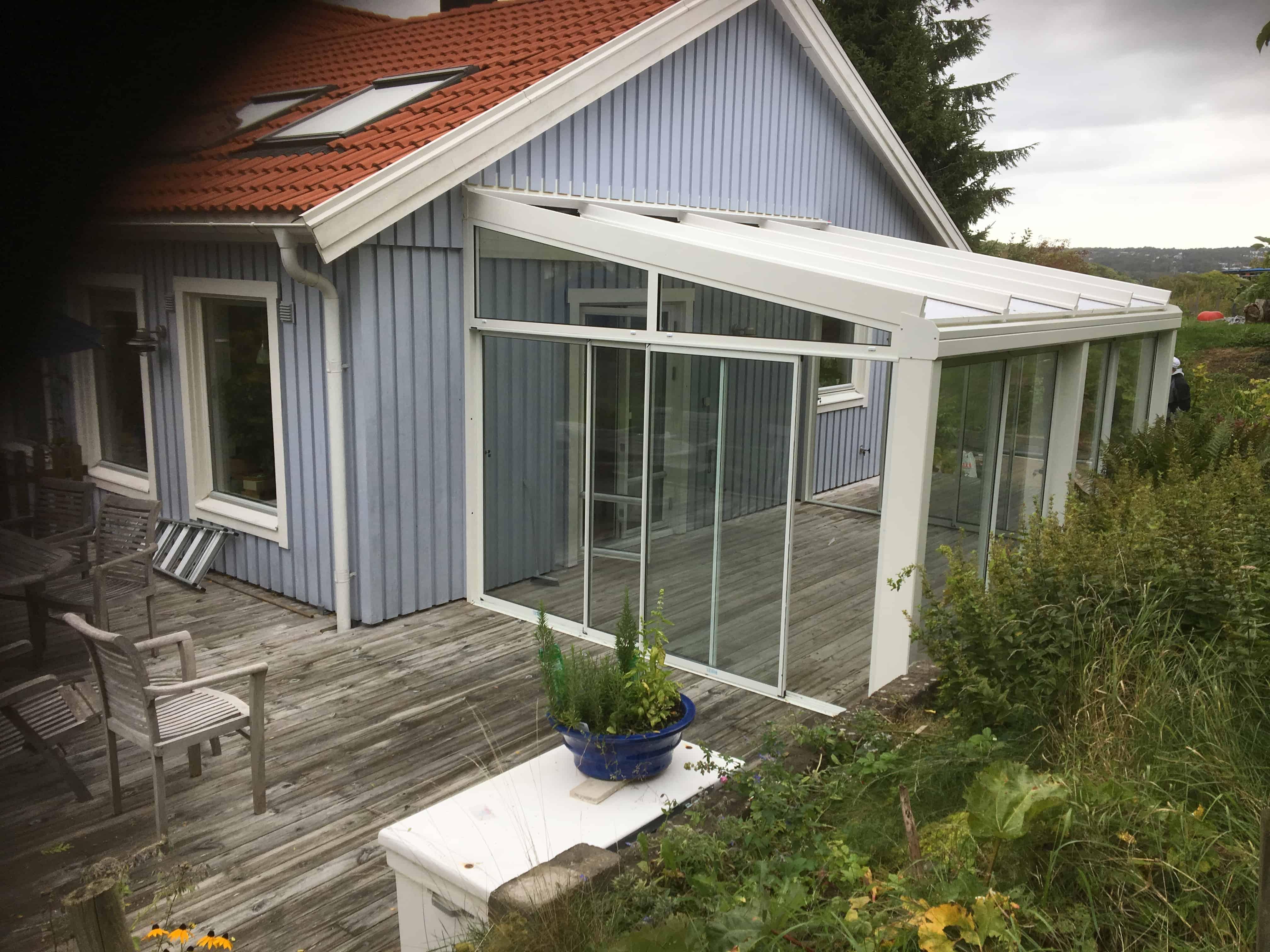 """Referensjobb """"Bygga Aluminium/Trä  Uterum från Willab Garden """" utfört av Bäst Tjänst"""