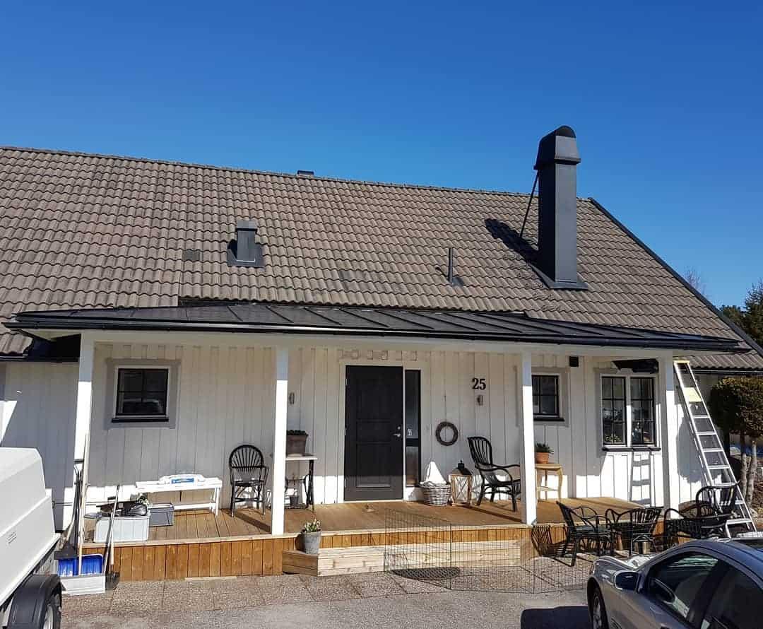 "Referensjobb ""Entré tak "" utfört av VB PLÅT AB"