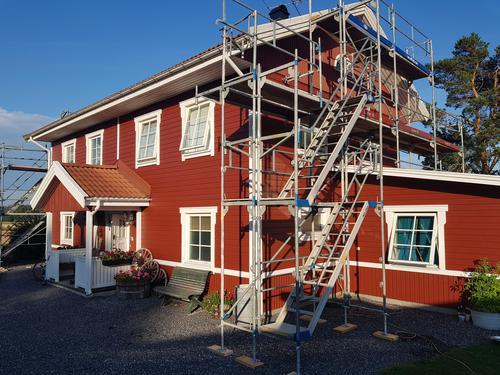 """Referensjobb """"Fasadmålning"""" utfört av RC Linells Bygg & Service Handelsbolag"""