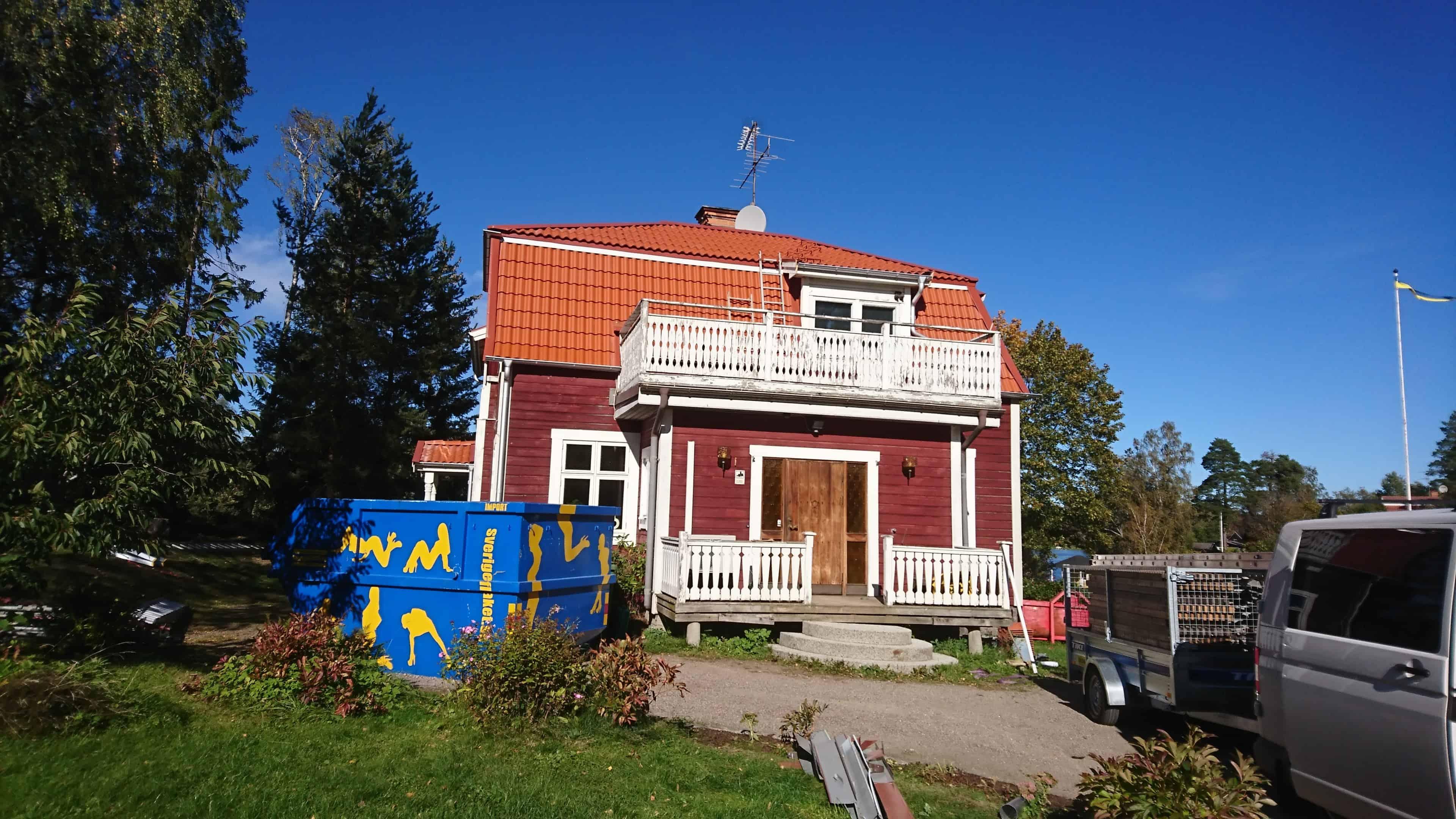 """Referensjobb """"Nytt tak på plats"""" utfört av Broby Stenhammar Bygg AB"""