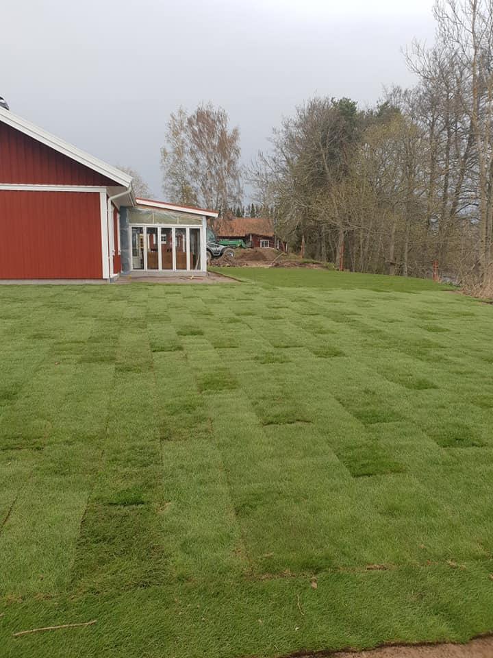 """Referensjobb """"Trädgårdsanläggning"""" utfört av Grenestams Mark och Trädgård"""