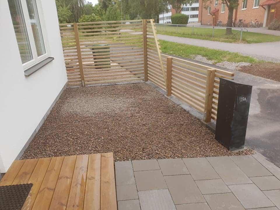 """Referensjobb """"Arbete framsida"""" utfört av Grenestams Mark och Trädgård"""