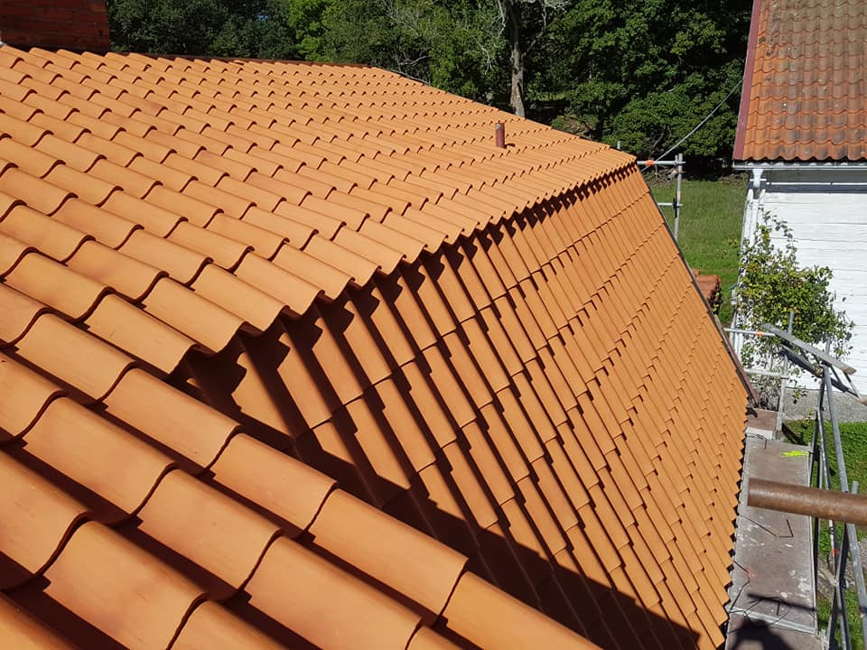 "Referensjobb ""Nytt tak"" utfört av Finde Allservice AB"